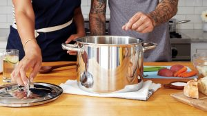 manttra pressure cooker featured