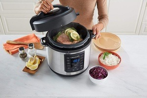 crock pot vs instant pot featured image