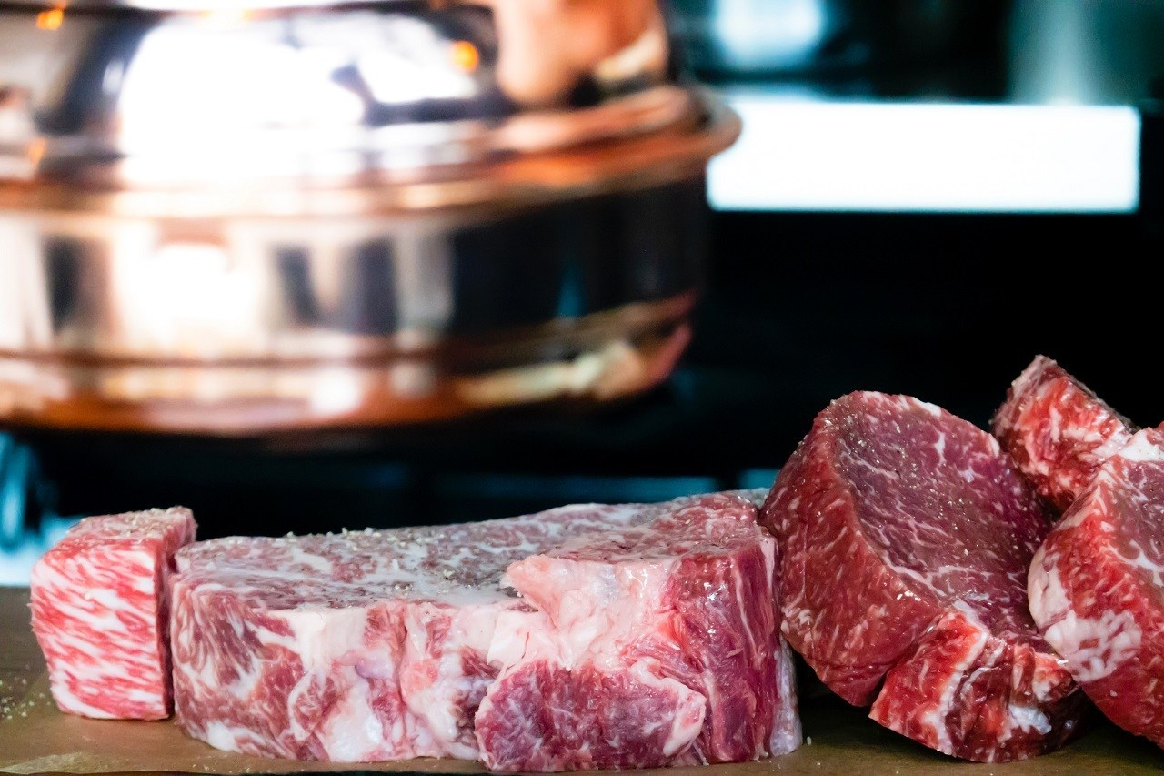 sliced beef image